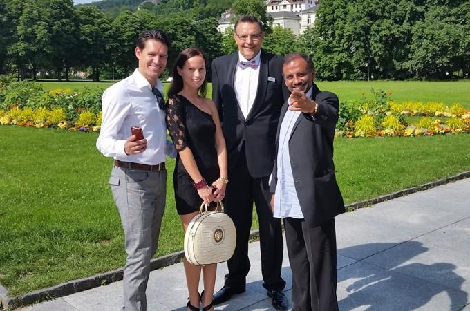 Mario Teschke rechts - am Filmset mit Eva Habermann